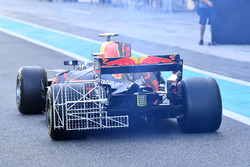 Max Verstappen, Red Bull Racing RB13 with aero sensors