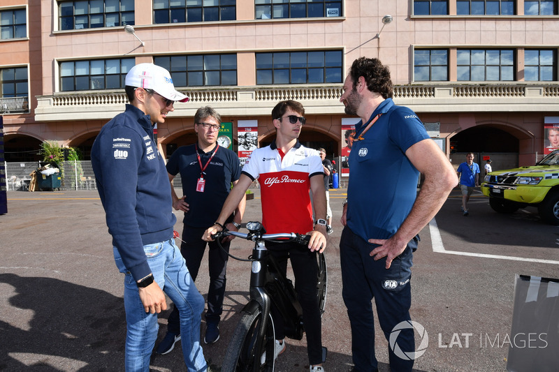 Esteban Ocon, Force India F1 and Charles Leclerc, Sauber