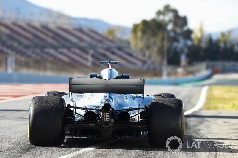Valtteri Bottas, Mercedes AMG F1 W09, exits the pit lane