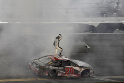 Erik Jones, Joe Gibbs Racing, Toyota Camry buyatoyota.com wins