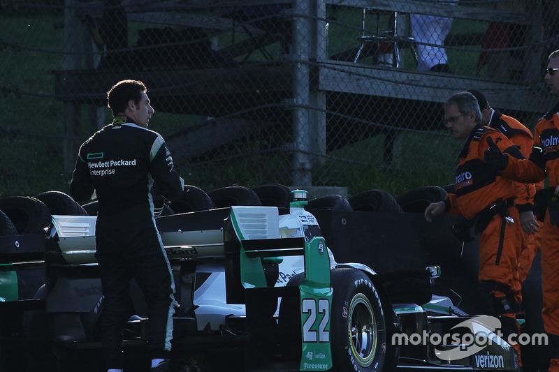 Problemi per Simon Pagenaud, Team Penske Chevrolet