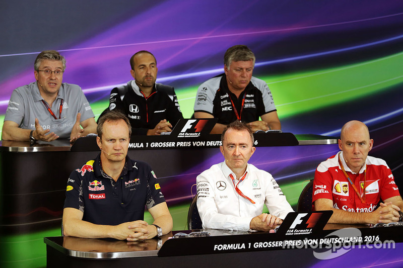 FIA_Pressekonferenz: Pat Fry, Manor Racing; Matt Morris, McLaren; Otmar Szafnauer, Sahara Force India F1; Paul Monaghan, Red Bull Racing; Paddy Lowe, Mercedes AMG F1; Jock Clear, Ferrari