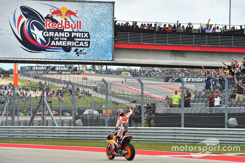 """<img src=""""http://cdn-1.motorsport.com/static/custom/car-thumbs/MOTOGP_2017/RIDERS_NUMBERS/Marquez.png"""" width=""""50"""" /> #26 GP des Amériques 2016"""