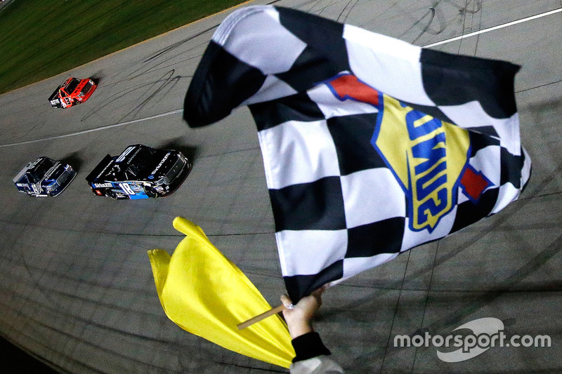 Zielflagge für Kyle Busch, Kyle Busch Motorsports, Toyota
