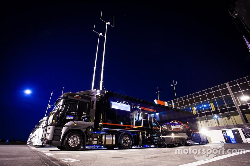 Ford Chip Ganassi Racing Team Uk Ford Gt Trucks