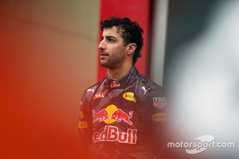 Segundo puesto Daniel Ricciardo, Red Bull Racing en el podio