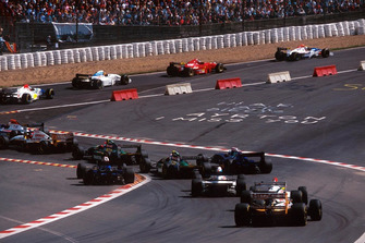 Start action at the Eau Rouge chicane