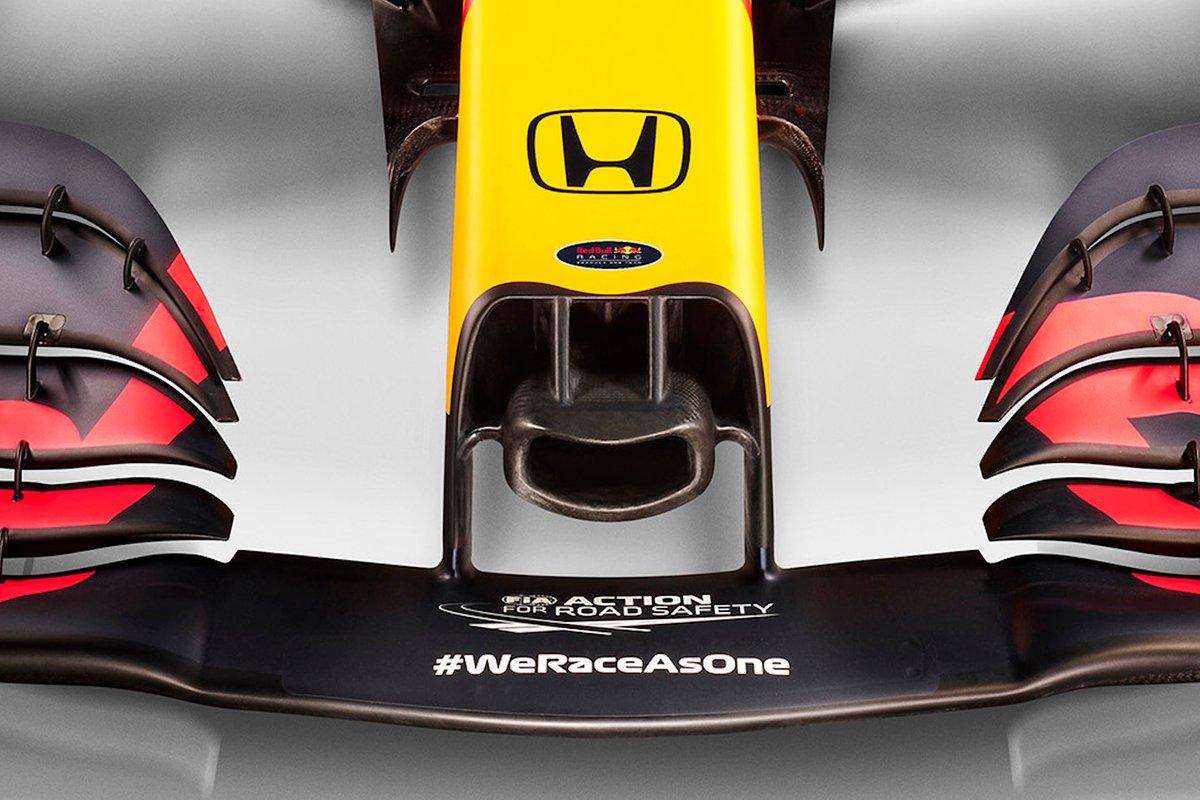 Red Bull Racing RB16B dettaglio del muso stretto