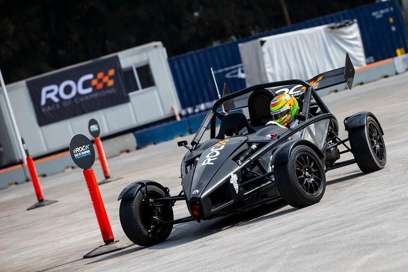 Esteban Gutierrez participe au ROC Skills Challenge