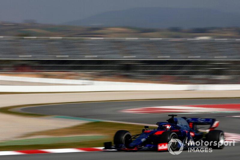 7º Daniil Kvyat, Scuderia Toro Rosso STR14, 1:16.898 (neumáticos C5, día 8)