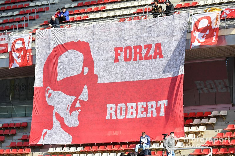 Striscione gigante per Robert Kubica, Williams Racing