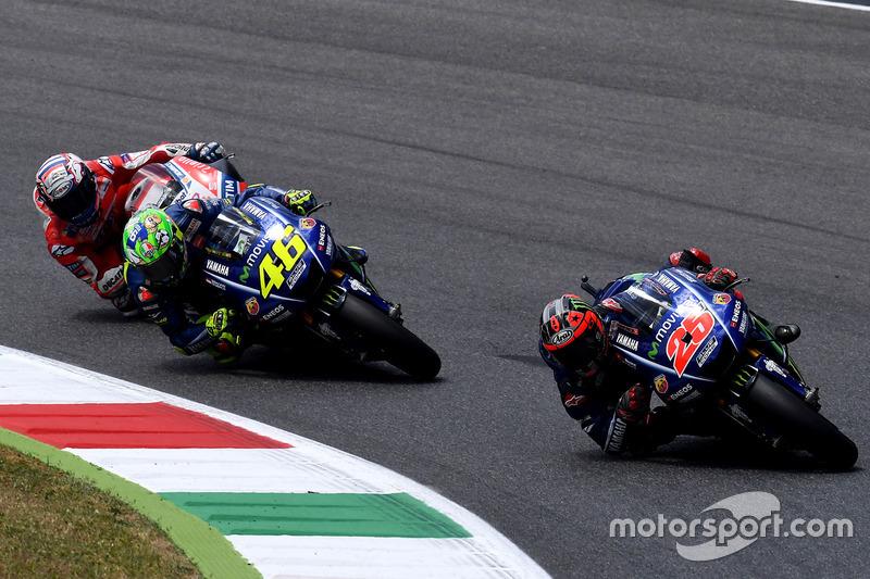 Маверик Виньялес, Yamaha Factory Racing, Валентино Росси, Yamaha Factory Racing