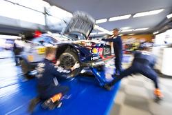 Thierry Neuville, Nicolas Gilsoul, Hyundai i20 WRC, Hyundai Motorsport at the service