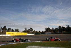 Joel Eriksson, Motopark Dallara F317 - Volkswagen, Felipe Drugovich, Van Amersfoort Racing Dallara F317 - Mercedes-Benz