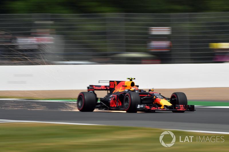 Max Verstappen, Red Bull Racing RB13 sparks
