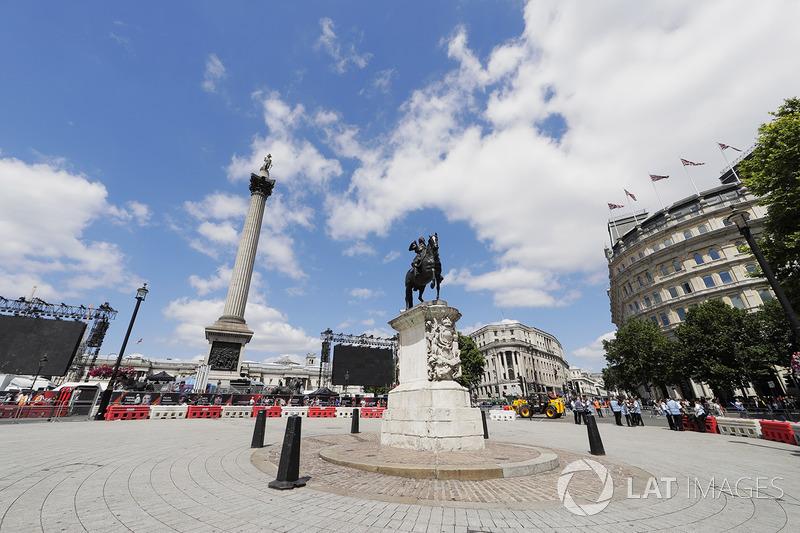 Vorbereitungen auf den Formel-1-Showrun in London