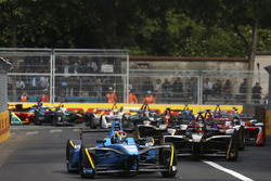 Sébastien Buemi, Renault e.Dams, leads Jean-Eric Vergne, Techeetah, at the start of the race
