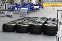 Pirelli tyres