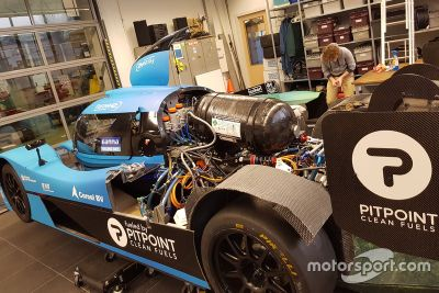 Visita al Forze Hydrogen Racing Team