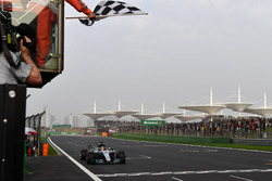 Обладатель поула Льюис Хэмилтон, Mercedes AMG F1 W08