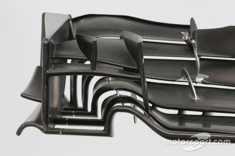 Haas F1 Team VF-17: Frontflügel