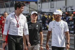 Toto Wolff, Mercedes AMG F1 Director of Motorsport, Valtteri Bottas, Mercedes AMG F1 and Lewis Hamilton, Mercedes AMG F1