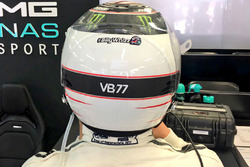 Valtteri Bottas, Mercedes AMG F1, mit Gruß an Billy Monger