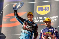 Podio: ganador Scott McLaughlin, Garry Rogers Motorsport Volvo