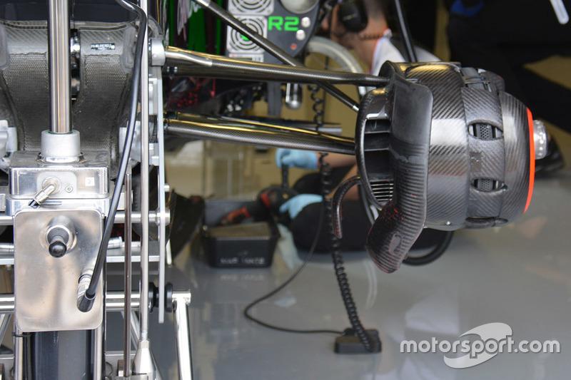 McLaren MP4-31 brake duct detail
