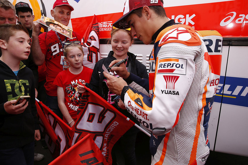 Marc Marquez, Repsol Honda Team with fans