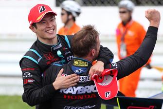 Race winners Naoki Yamamoto, Jenson Button, Team Kunimitsu