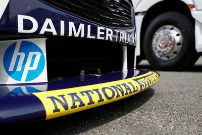 Triple Eight Daimler açıklaması