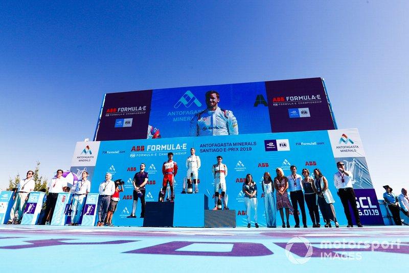 Sam Bird, Envision Virgin Racing, 1° classificato, Pascal Wehrlein, Mahindra Racing, 2° classificato, Daniel Abt, Audi Sport ABT Schaeffler, 3° classificato, Leon Price, Team, Sporting manager, Envision Virgin Racing, on the podium