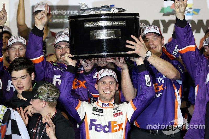 Ganador, Denny Hamlin, Joe Gibbs Racing Toyota