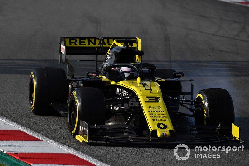 Daniel Ricciardo, Renault F1 Team R.S. 19 locks up