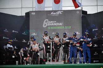 Подіум LMP1: #8 Toyota Gazoo Racing Toyota TS050, #7 Toyota Gazoo Racing Toyota TS050, #11 SMP Racing BR Engineering BR1