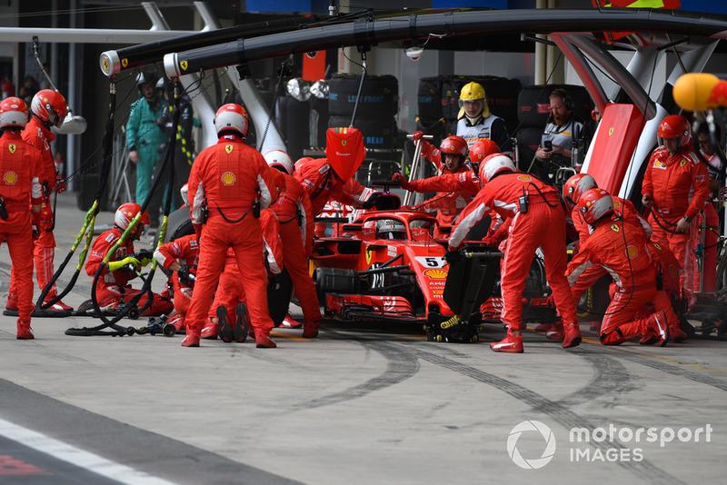 1º Scuderia Ferrari (1:97)