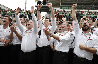 Ron Meadows, Sporting Director, Mercedes AMG,Toto Wolff, Executive Director (Business), Mercedes AMG, and Mercedes team mates celebrate pole for Lewis Hamilton, Mercedes AMG F1