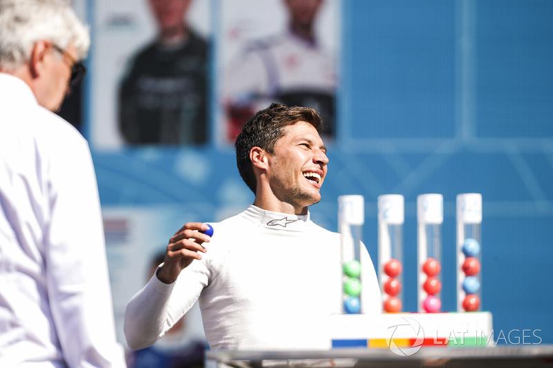 Loic Duval, Dragon Racing, en la lotería de calificación