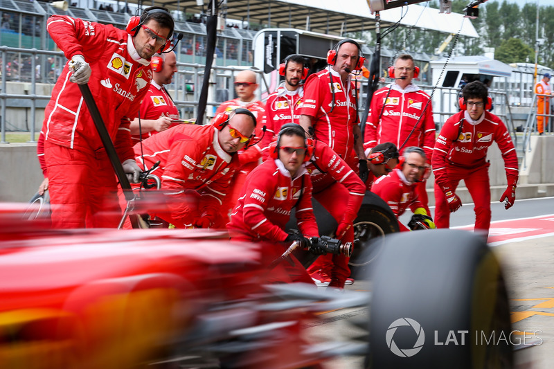 Механіки Ferrari, Себастьян Феттель, Ferrari SF70H