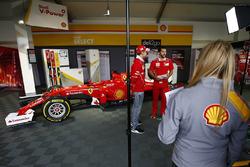 Sebastian Vettel, Ferrari, en un evento de Shell