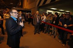 Жак Вильнёв открывает Autosport International Show