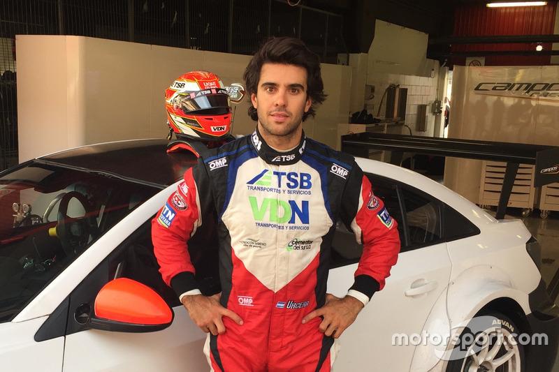 José Manuel Urcera teste la Chevrolet RML Cruze TC1 du Campos Racing