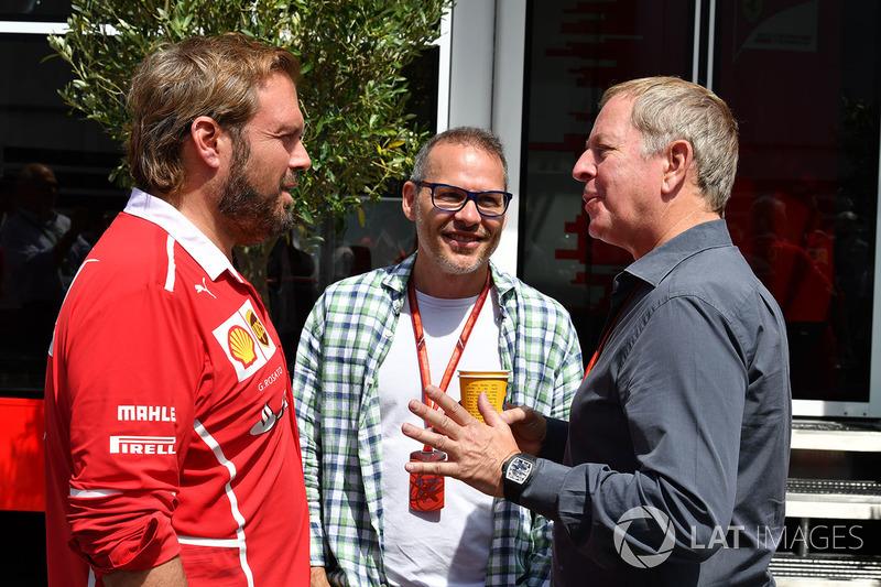 Джино Розато, Ferrari, эксперт Sky Italia Жак Вильнев и комментатор Sky TV Мартин Брандл