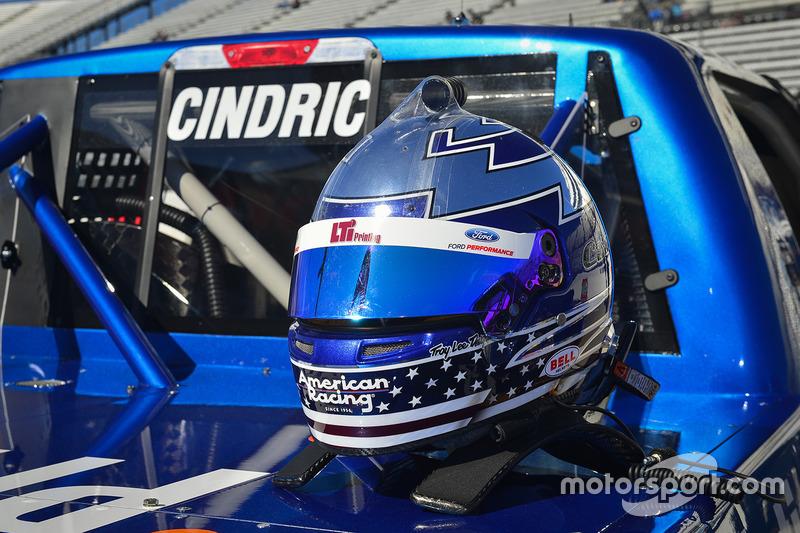 Helm von Austin Cindric, Brad Keselowski Racing, Ford