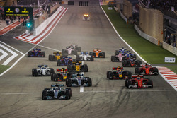 Valtteri Bottas, Mercedes F1 W08, Sebastian Vettel, Ferrari SF70H, Lewis Hamilton, Mercedes F1 W08, Max Verstappen, Red Bull Racing RB13, Daniel Ricciardo, Red Bull Racing RB13, Kimi Raikkonen, Ferrari SF70H