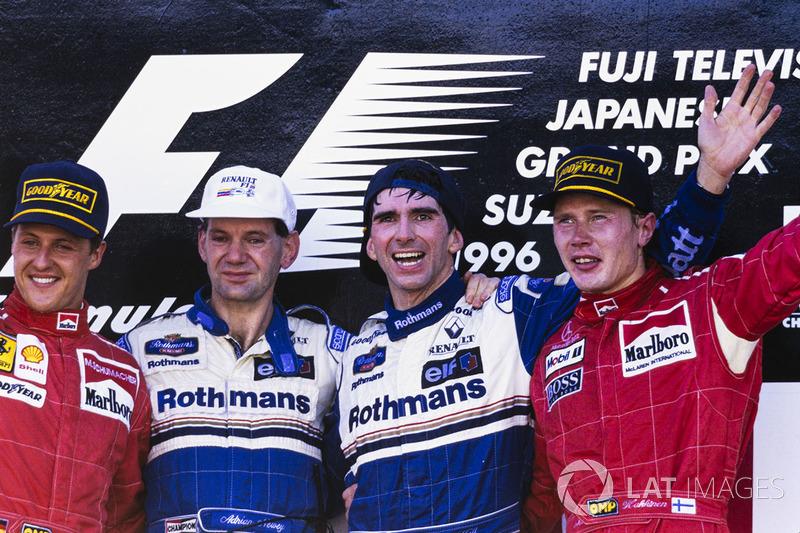 Le vainqueur Damon Hill, Williams, Adrian Newey, Williams, le deuxième Michael Schumacher, Ferrari, le troisième Mika Hakkinen, McLaren