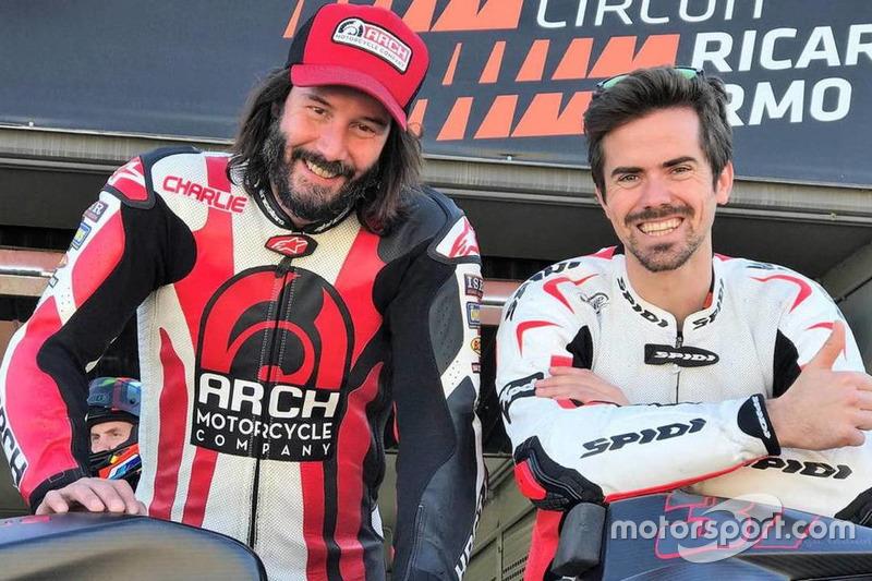 Кіану Рівз і Ніколя Терол на трасі Рікардо Тормо у Валенсії