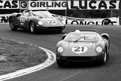 Ludovico Scarfiotti, Lorenzo Bandini, Ferrari 250P ve Mike Parkes, Umberto Maglioli, Ferrari 250P