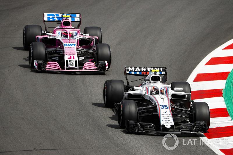 Сергей Сироткин, Williams FW41, и Эстебан Окон, Sahara Force India F1 VJM11